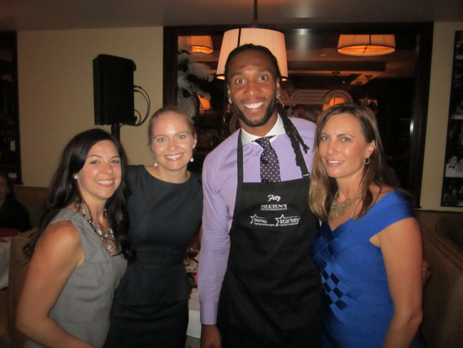 2013 Mortons Celebrity Server Night 01